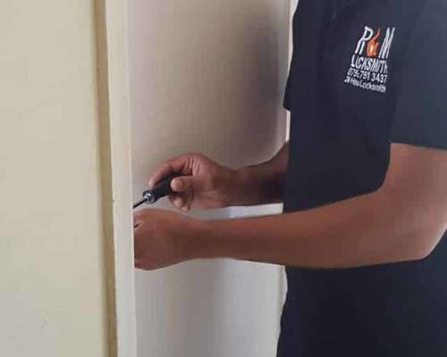 Commercial Locksmith East London Service